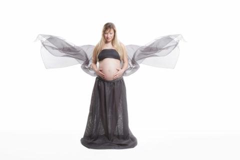 Newborn / Babybauch Photographie / Schwangerschaft / Fotostyle Schindler / Straubing.fotostyle-schindler.de